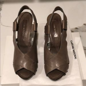 Costume National Gray leather sandals